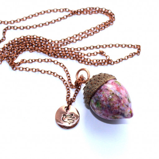 Rosa Eichelkette aus Muranoglas mit echter Eichelkappe und Kupferzubehör